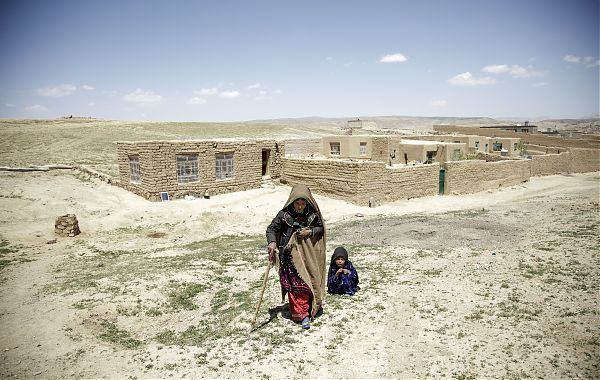 REACHING OUT - Implementing a Comprehensive Response to Drought in Afghanistan